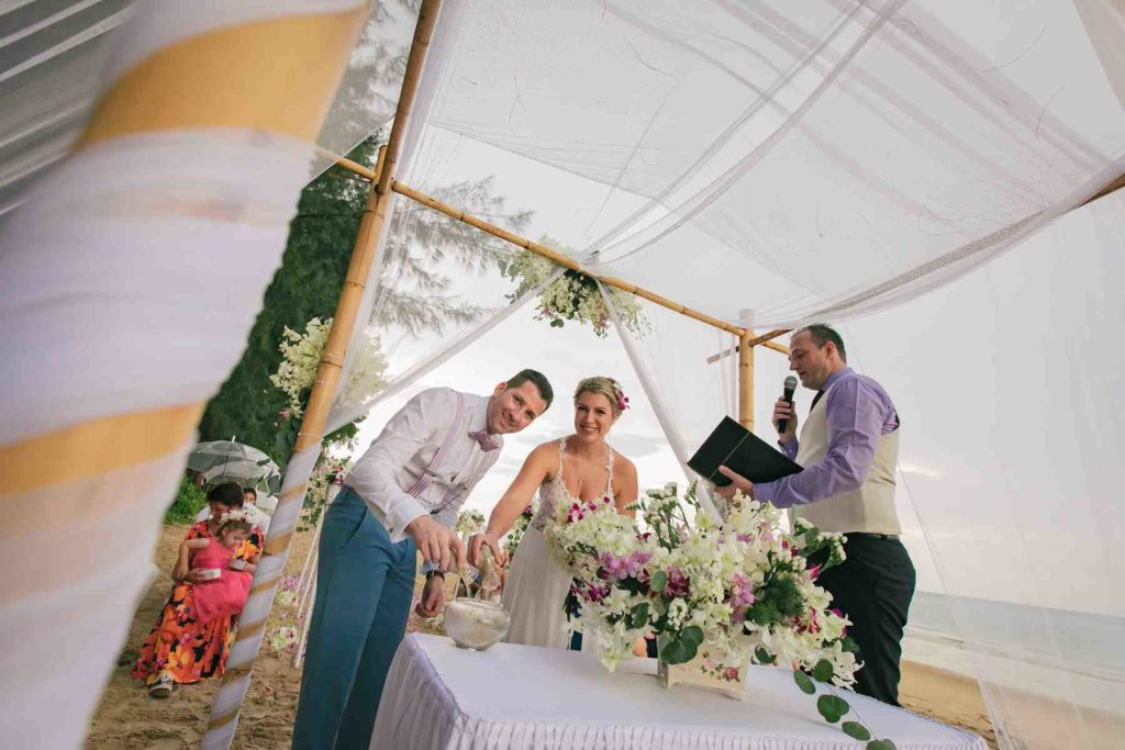 Phuket Wedding Service - Heiraten in Khao Lak