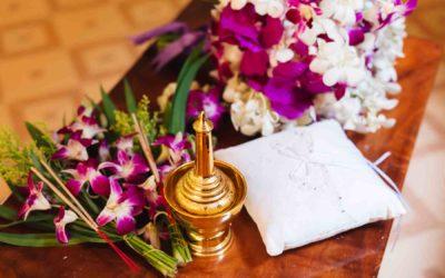 Mönchssegnung im Wat Chalong Phuket – Janine & Michael