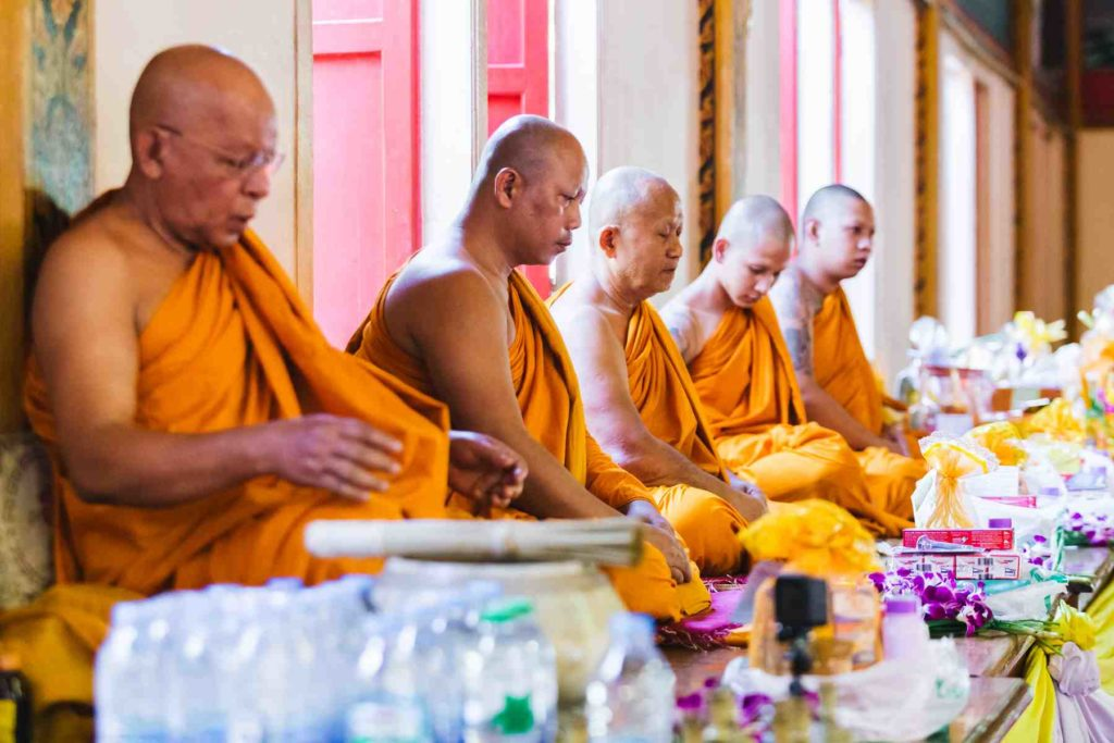 Mönchssegnung Wat Chalong