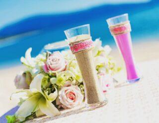 #weddingphuket #phuketwedding #realwedding #strandhochzeitphuket #phuketweddingservice #germancelebrant #beachwedding #strandhochzeit #heirateninthailand #weddingthailand #hochzeitsplanerthailand #sandzeremonie